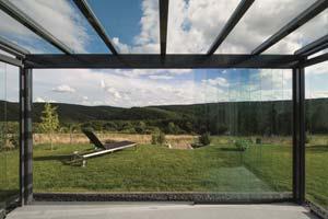 TS Aluminium Terrassendach mit Glasschiebetüren